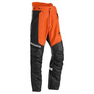 Gozdarske protivrezne hlače